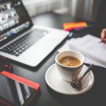 カフェインに潜む中毒とは?ついつい摂りすぎてしまう危険性について