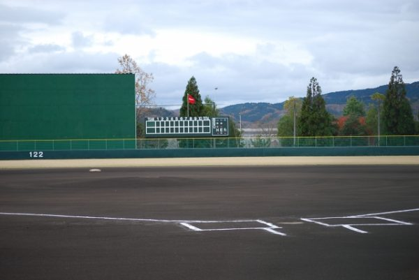 高校野球の聖地!?甲子園の土を持ち帰る高校球児たちの熱い青春!