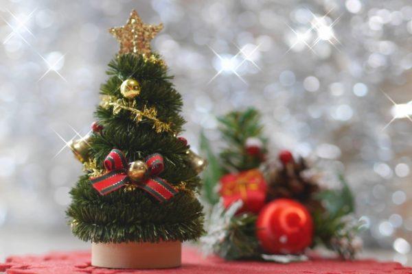 恋人と昼のドライブデートに聞きたいクリスマスソング!邦楽&洋楽編