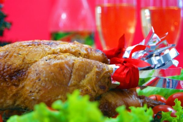 クリスマスを祝う時に食べる物とは?