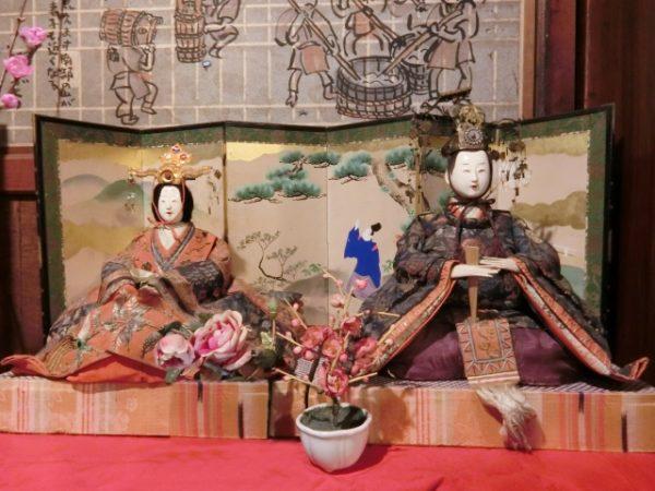関西地方(京風)の雛人形の飾り方:公家パターン