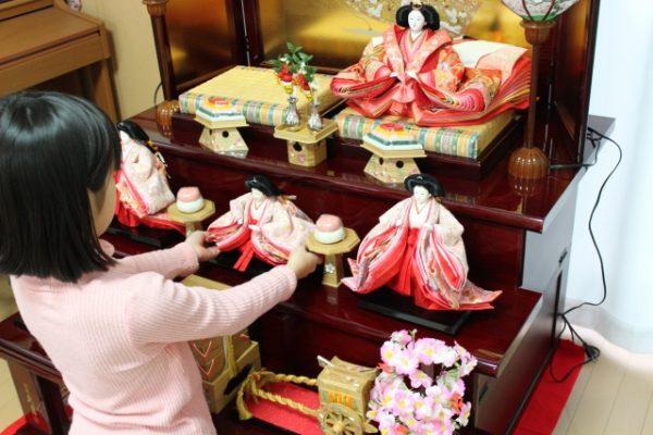 雛人形の飾り方は?実は関東と関西では飾り方に違いがある!?