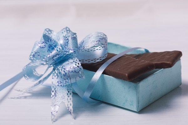 喜ばれるホワイトデーでの義理チョコのお返しは?