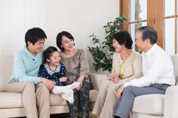 親戚や祖父母への年賀状に添え書きする一言文例集