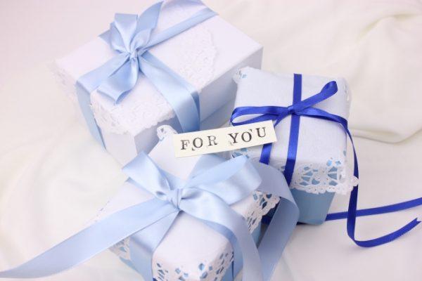 職場の先輩や後輩へ贈るバレンタインカードの一言メッセージ文例集