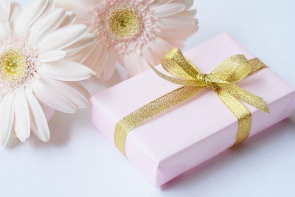 娘や姪に贈る成人式のお祝いは?女性向け人気プレゼントランキング