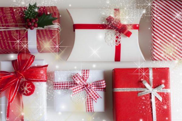 20代の彼女へのクリスマスプレゼントの選び方のポイント
