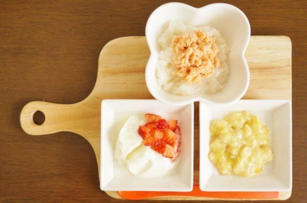 離乳食中期のスケジュールと食材の固さや量の目安とは?